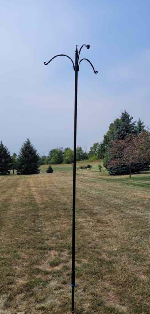 Kettle Moraine bird feeder pole system