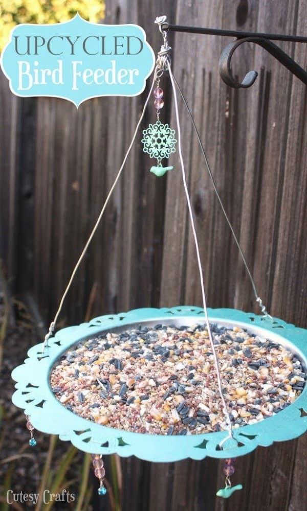 diy up cycled cardinal bird feeder